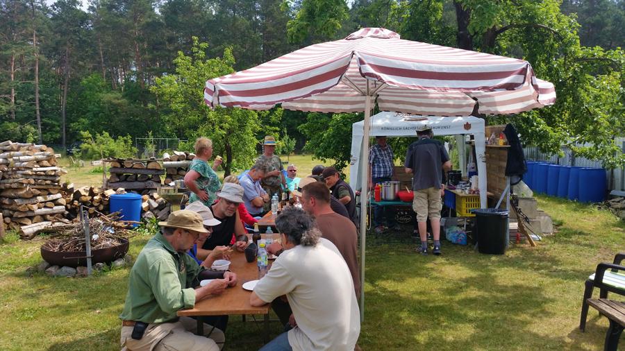 48-bogensportblog-de-Turnierbericht-Dritte-Bralitzer-Bogenjagd-Gartenparcours-Zwischenpause